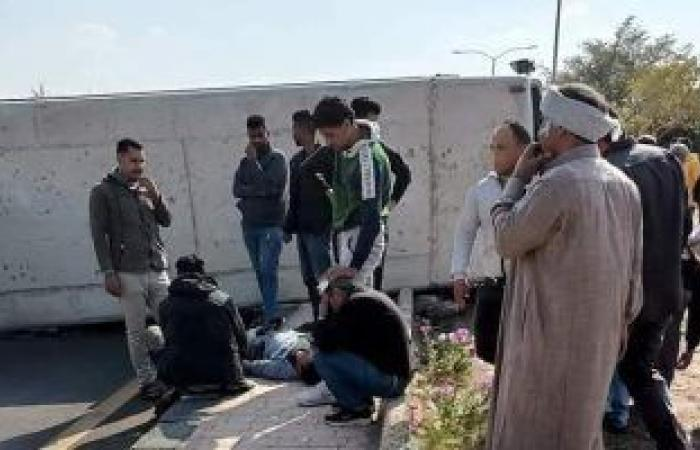 #اليوم السابع - #حوادث - إصابة 17 شخصا فى انقلاب أتوبيس وردية بمدينة العاشر من رمضان.. صور