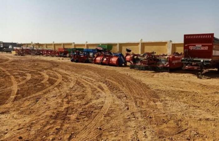اخبار السياسه الزراعة: مشروع غرب المنيا يهدف لزيادة الرقعة الزراعية والأمن الغذائي