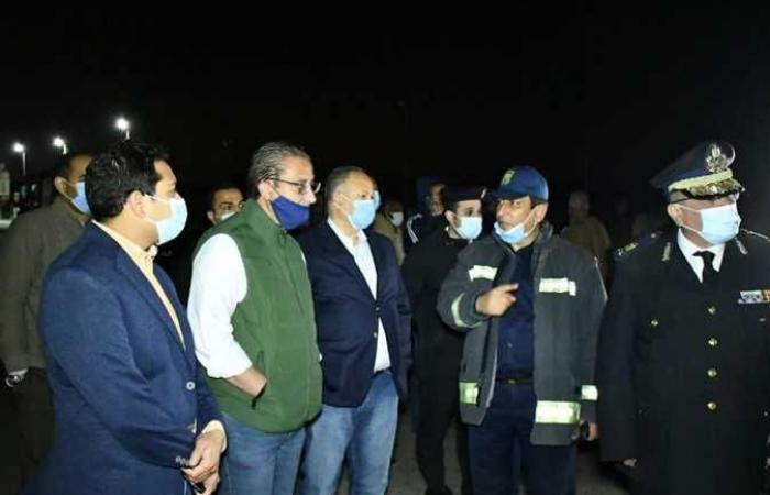#المصري اليوم -#حوادث - محافظ الفيوم ومدير الأمن يتفقدان موقع انقلاب سيارة مواد بترولية (صور) موجز نيوز