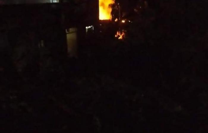 الوفد -الحوادث - حريق داخل حظيرة مواشي بقرية كفر الجزار في القليوبية موجز نيوز