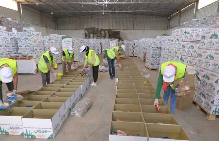 المصري اليوم - اخبار مصر- توزيع مواد غذائية على الأسر الغير قادرة في قرى ومراكز أسوان موجز نيوز