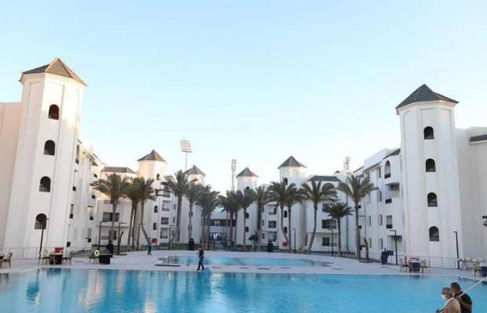 اخبار السياسه محافظ بورسعيد يفتتح أحد الفنادق باستثمارات تتخطى 250 مليون جنيه