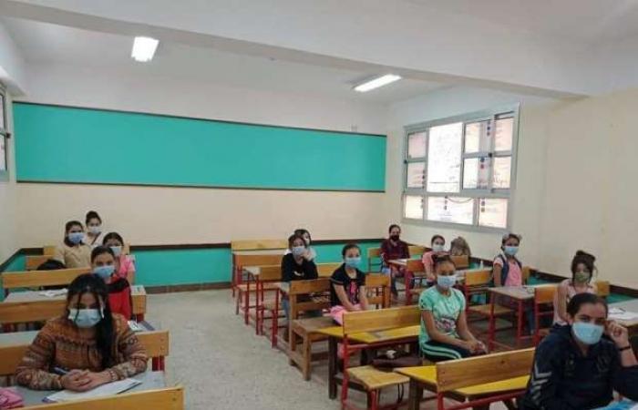 اخبار السياسه مواعيد إعادة حصص المرحلة الإعدادية على قناة «مدرستنا»: تبدأ 8 صباحا