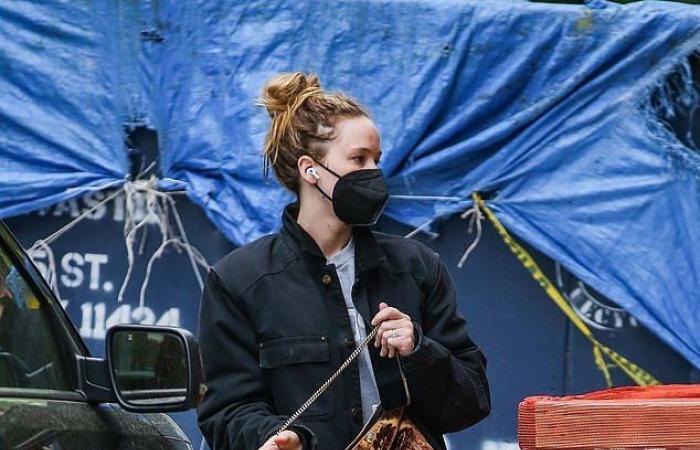 #اليوم السابع - #فن - جينيفر لورانس أجازة من تصوير فيلمها مع ليوناردو دى كابريو بشوارع نيويورك