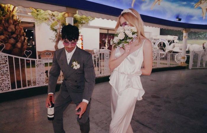 #اليوم السابع - #فن - صوفى تيرنر تحتفل بعيد زواجها من جو جوناس بصور جديدة