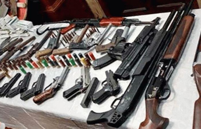 الوفد -الحوادث - ضبط 7 متهمين بحوزتهم أسلحة ومخدرات في حملة بالفيوم موجز نيوز