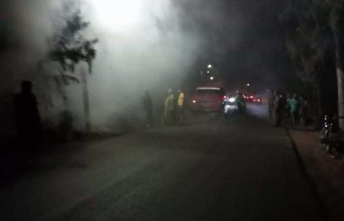 #المصري اليوم -#حوادث - السيطرة على حريق بسور حديقة في طوخ موجز نيوز