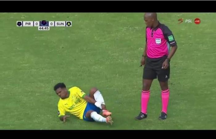 منافس الأهلي.. إصابة ثنائي صنداونز في مواجهة أورلاندو (فيديو)