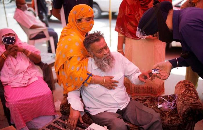 #المصري اليوم -#اخبار العالم - بريطانيا ترسل 1000 جهاز تنفس صناعي للهند لمواجهة كورونا موجز نيوز