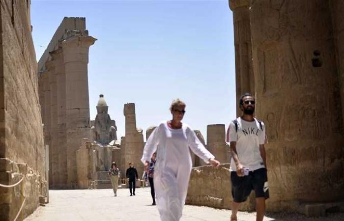 المصري اليوم - اخبار مصر- إقبال ضعيف على زيارة معبد الأقصر في عيد شم النسيم (صور) موجز نيوز