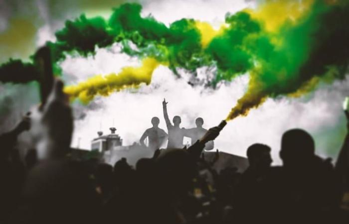 """رياضة عالمية الاثنين """"خصم نقاط أو غرامة"""".. تقارير: عقوبة محتملة على يونايتد بعد إلغاء لقاء ليفربول"""
