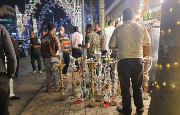 اخبار السياسه الحكومة تكشف عن مخالفات رمضان: غلق 20 ألف مقهى وتحريز 35 ألف شيشة