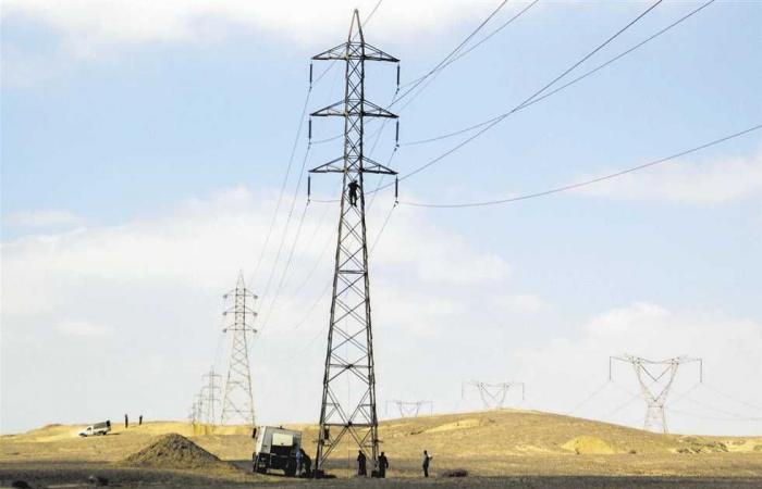 المصري اليوم - اخبار مصر- خطأ فى «مناورة» يقطع الكهرباء عن 5 محافظات موجز نيوز