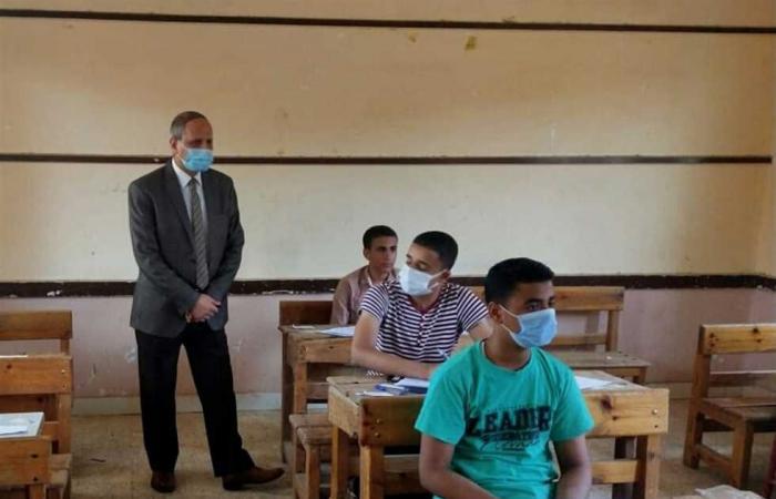 المصري اليوم - اخبار مصر- جولة ميدانية لمدير ووكيل التعليم بالفيوم لمتابعة امتحانات الإعدادية موجز نيوز