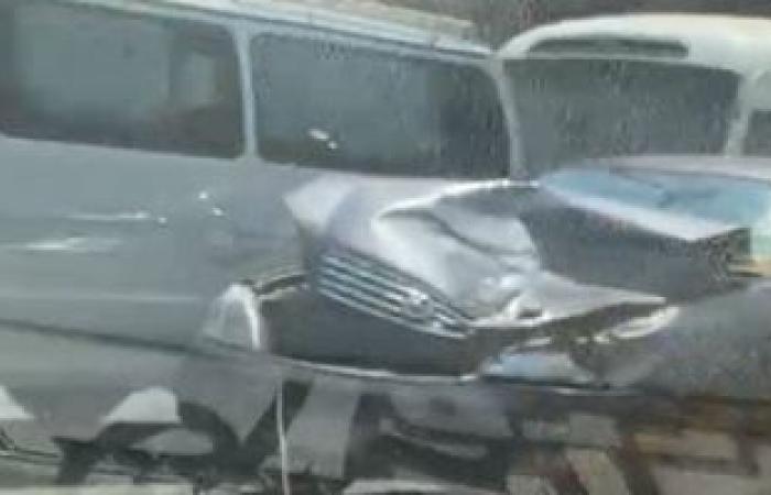 #اليوم السابع - #حوادث - زحام مرورى بسبب حادث تصادم أعلى كوبرى 15 مايو